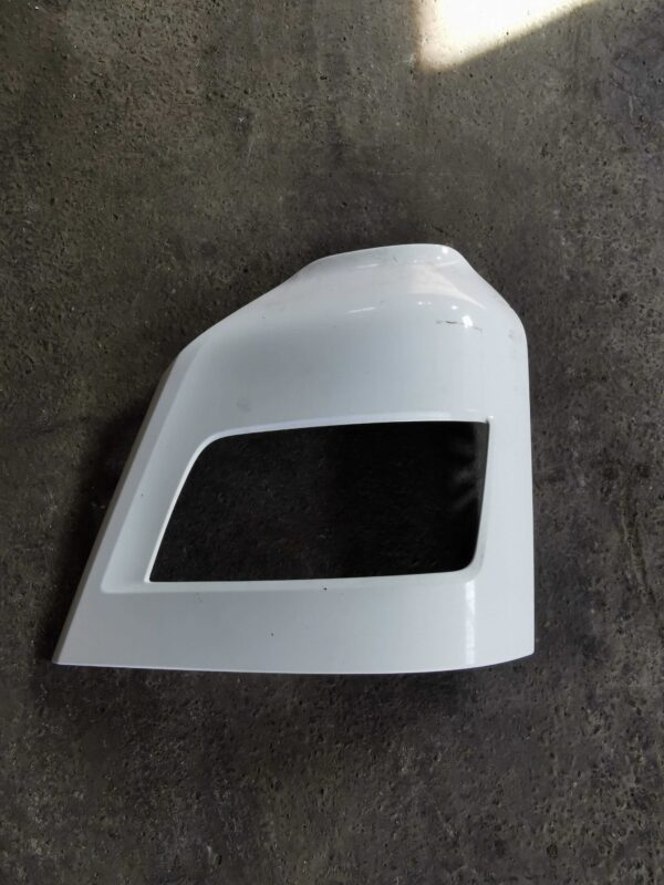Ochelar proiector dreapta ceata MAN TGX Euro6 81416106754